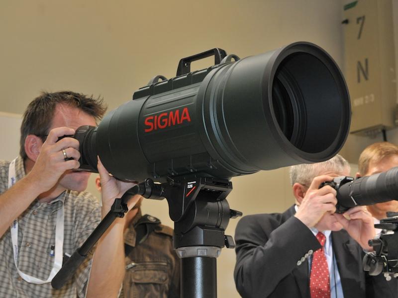 APO 200-500mm F2.8/400-1000mm F5.6 EX DG   広く浅くときどき深く