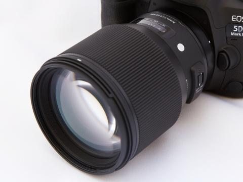交換レンズレビュー sigma 85mm f1 4 dg hsm art デジカメ watch