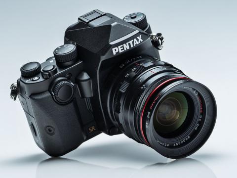新製品レビュー:PENTAX KP(外...