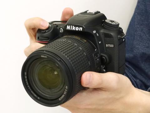 写真で見るニコンD7500 - デジカ...