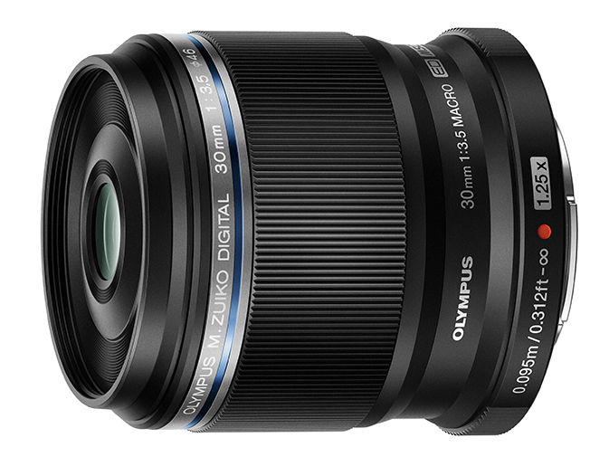 "<a href=""http://dc.watch.impress.co.jp/docs/review/lens_review_2/1043982.html"">交換レンズレビュー:M.ZUIKO DIGITAL ED 30mm F3.5 Macro</a><br>@<a href=""http://dc.watch.impress.co.jp/docs/news/1020843.html"">オリンパス、撮影倍率1.25倍のマクロレンズ「M.ZUIKO DIGITAL ED 30mm F3.5 Macro」</a>"