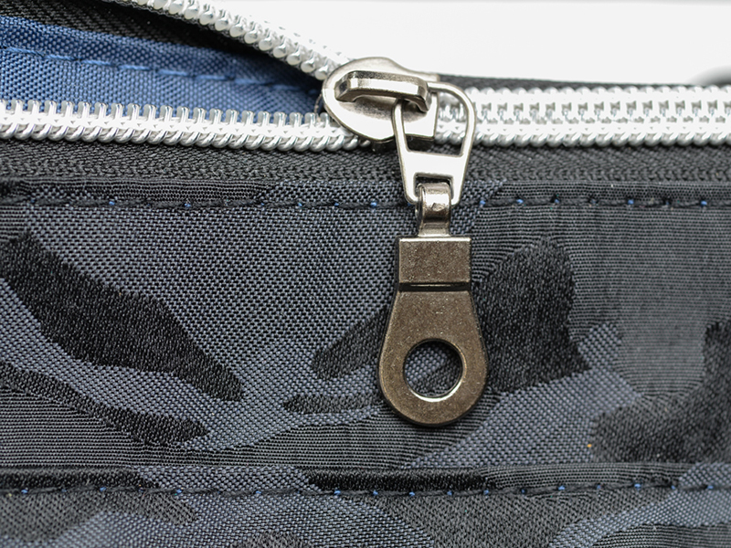 8a2ea6a774e0 画像] トート&リュックの2ウェイカメラバッグ「Lecceリュック」(7/18 ...