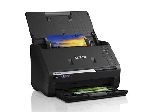 39c020967c エプソンは、フォトスキャナー「FF-680W」を2月21日に発売する。エプソンダイレクトショップでの直販価格は税別5万9,980円。CP+2019の エプソンブースに実機を展示する ...