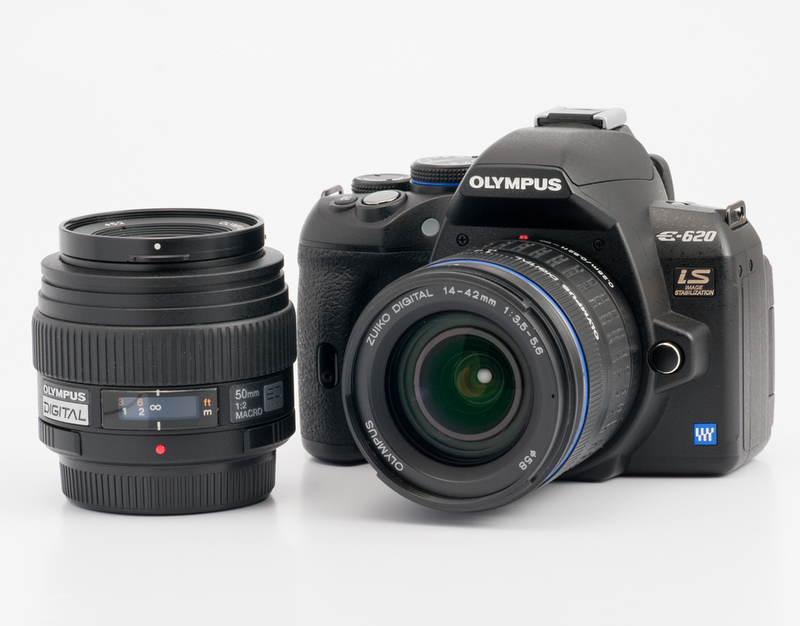 <b>今回の撮影で使ったのはZUIKO DIGITAL ED 14-42mm F3.5-5.6とZUIKO DIGITAL ED 50mm F2 Macroの2本</b>