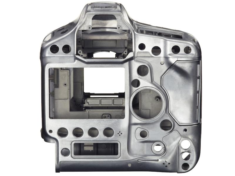 キヤノン、12コマ/秒・ISO204800のプロ向けフルサイズ機「EOS-1D X」(27/46)