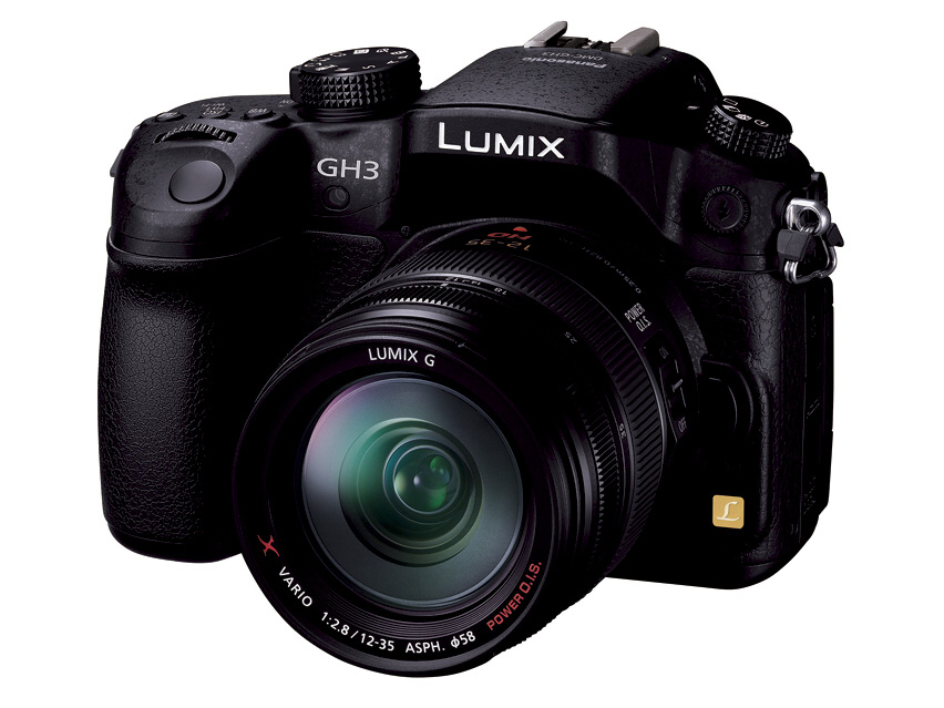 <b>LUMIX G X VARIO 12-35mm F2.8 ASPH. POWER O.I.S.を装着したところ</b>