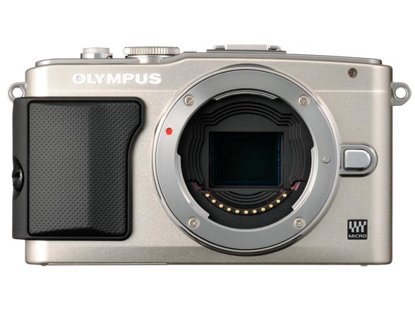 OLYMPUS PEN Lite E-PL5。発売は10月12日。実勢価格は6万4,100円前後