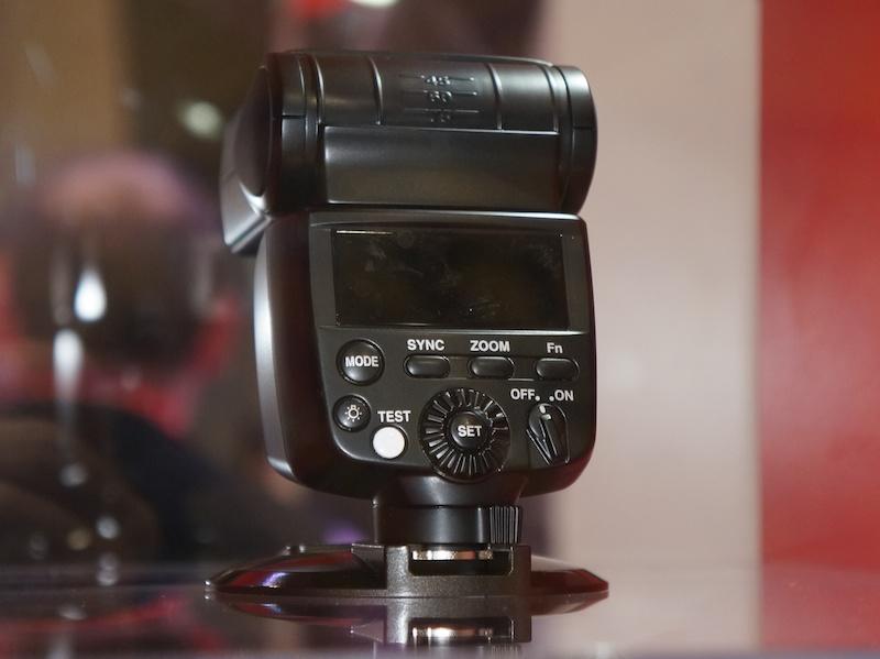 PENTAX新閃燈 「AF-360 FGZ II」,預計2013夏季販售