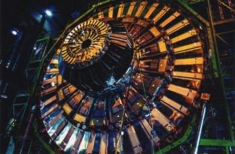 吉岡さとる写真展「何故、我々は存在するのか?高エネルギー物理学の ...