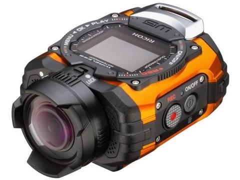 RICOH WGM1(オレンジ)。発売は10月中旬を予定。店頭
