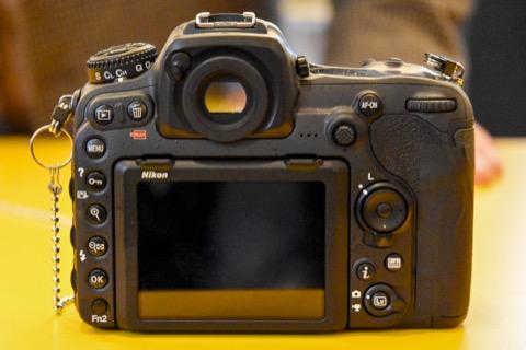 コミケ等で一眼カメラが欲しくなった人が集うスレ42 [無断転載禁止]©2ch.net->画像>65枚
